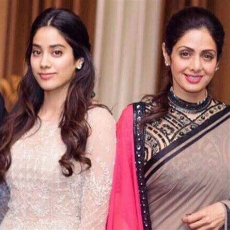 sridevi in mom sridevi daughter and mom jhanvi and sridevi