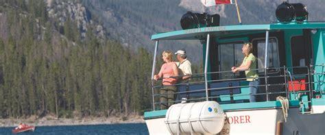 lake minnewanka boat cruise lake minnewanka cruise discover banff tours