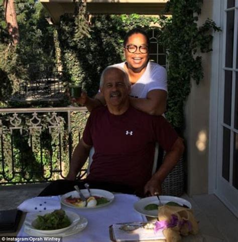 Oprah Is Breaking Up With Stedman by Oprah Winfrey Proudly Shows Trim Figure On