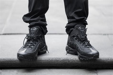 Sepatu Sneaker Nike Airmax Boot High Waterprof 1 nike air max 95 sneakerboot zip sneaker bar detroit
