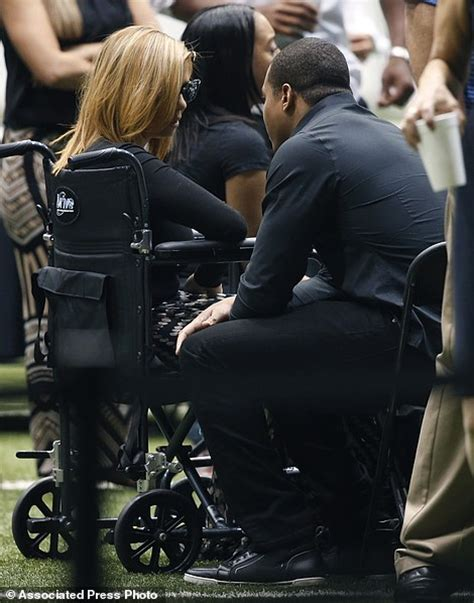 will smith saints will smith s wife racquel views new orleans saints player