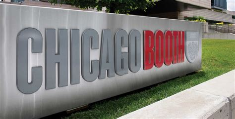 Booth Events Mba by Of Chicago Booth School Of Business Crosby