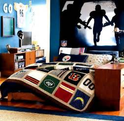 boys room decorating ideas football room decorating