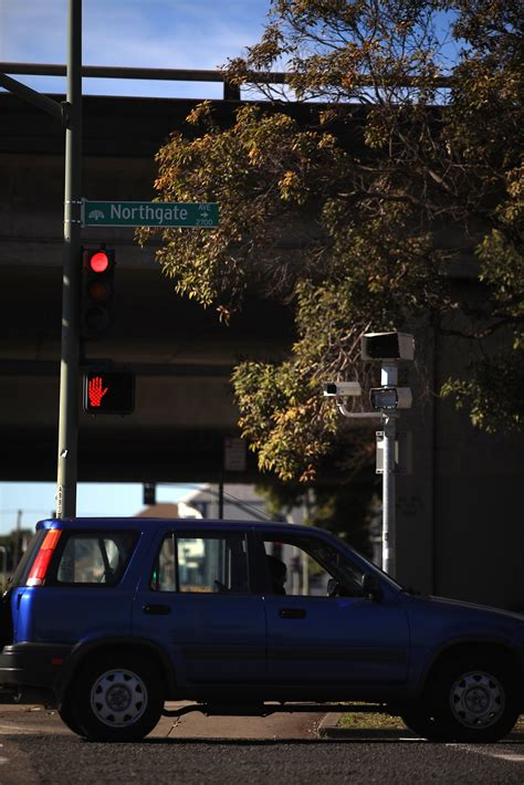 red light camera san francisco oakland red light cameras brought to abrupt halt san