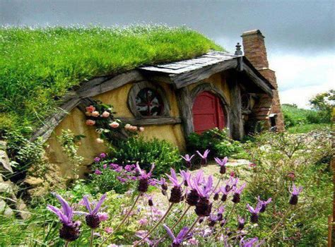 hobbit house new zealand fairy tale scenery pinterest 32 best images about hobbit house on pinterest blue