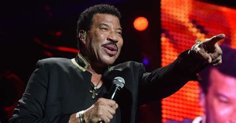 What Is Richie On Now by Lionel Richie Announces 2018 Uk Tour How To Get Tickets