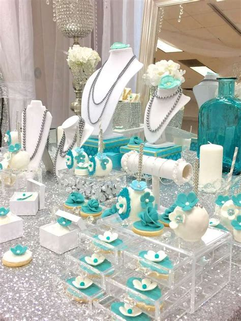 25  Best Ideas about Quinceanera Gifts on Pinterest
