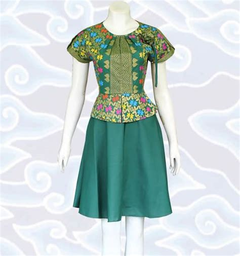 Baju Mirra Dres 25 best ideas about modern batik dress on