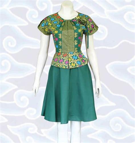 Dress Gisella Dress Ak Dress Wanita Ceru Kode Ss8 25 best ideas about modern batik dress on batik fashion batik dress and model