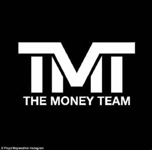 Kaos The Money Team Mayweather floyd mayweather takes a swing his haters in instagram
