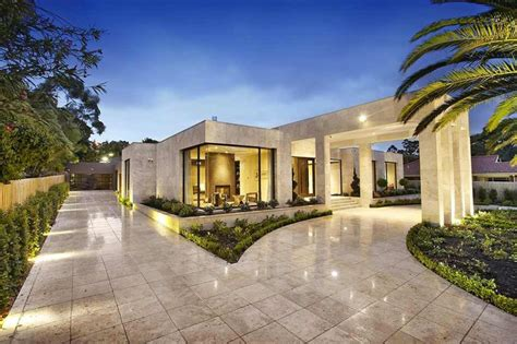 luxury melbourne home with pillared entry and interior modern luxury home in australia