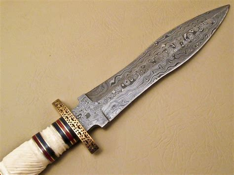 amazing damascus bowie knife custom handmade damascus steel