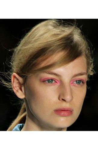 Lipstik Wardah Met tren kecantikan paling hits 2012 lipstik vir hingga