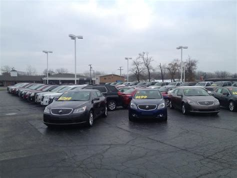 circle buick gmc circle buick gmc highland in 46322 car dealership and