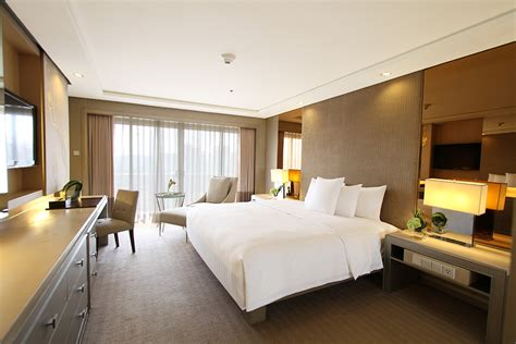 executive 1 bedroom suite midas hotel and casino