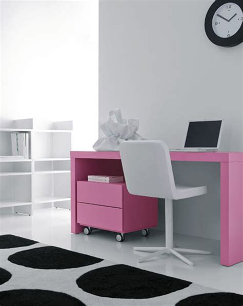 Pink Office Desk Inspiring And Modern Desks Apartments I Like
