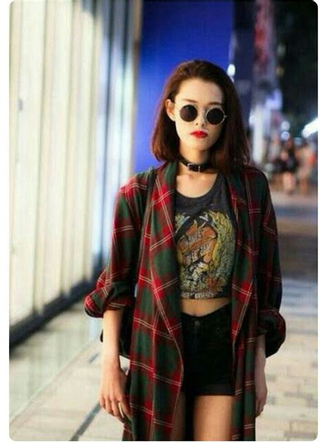 More Grunge Looks by Best 25 90s Grunge Ideas On 90s Fashion