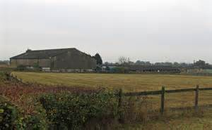 medway farm buildings 169 roger jones cc by sa 2 0