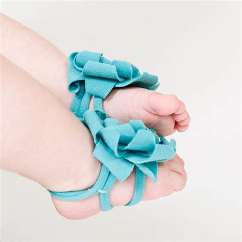 how to make baby barefoot sandals with ribbon 40 diy baby barefoot sandals 2015