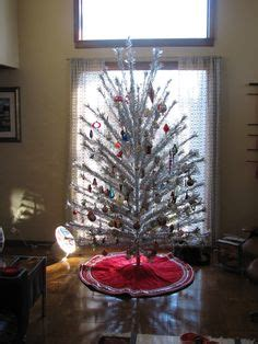 silver tinsel christmas tree with color wheel 1000 images about tinsel trees on tinsel tree trees and color