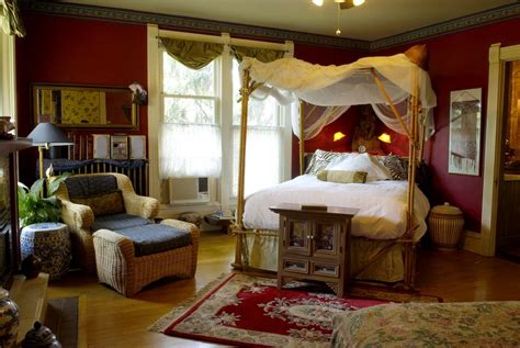 home decorating colonial style room decorating