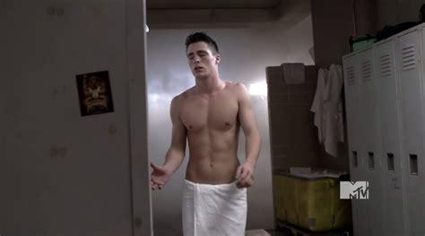 ty burrell csi june 2011 shirtless men at groopii