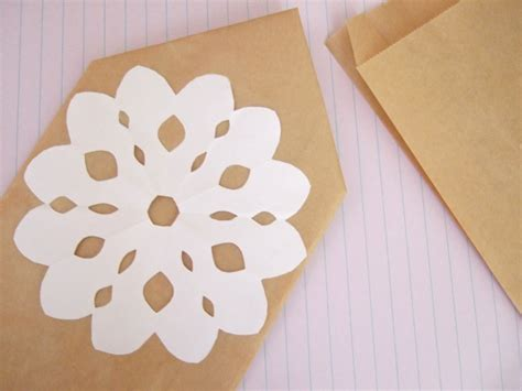 What To Make With Paper Doilies - a simple paper doily bloomize