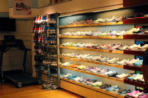 athletic shoe stores best running shoes for underpronation and high arches