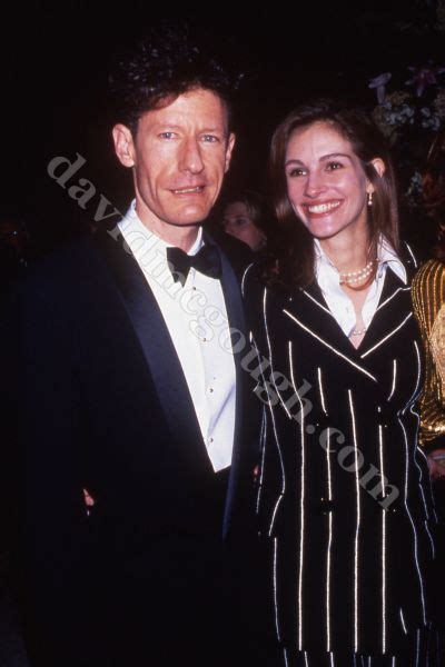 10 short lived celebrity marriages toptenznet julia roberts lyle lovett gallery
