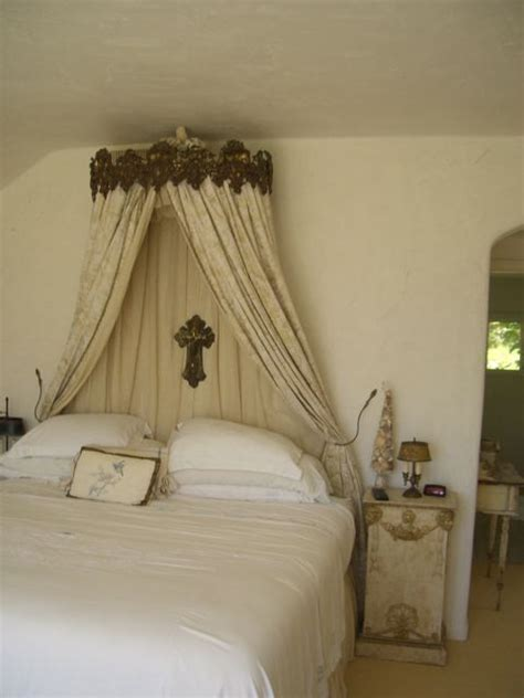creative bed crowns kerala home design  floor plans
