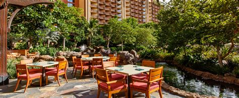 Dining Room Table Settings by Makahiki Buffet Dining Aulani Hawaii Resort Amp Spa