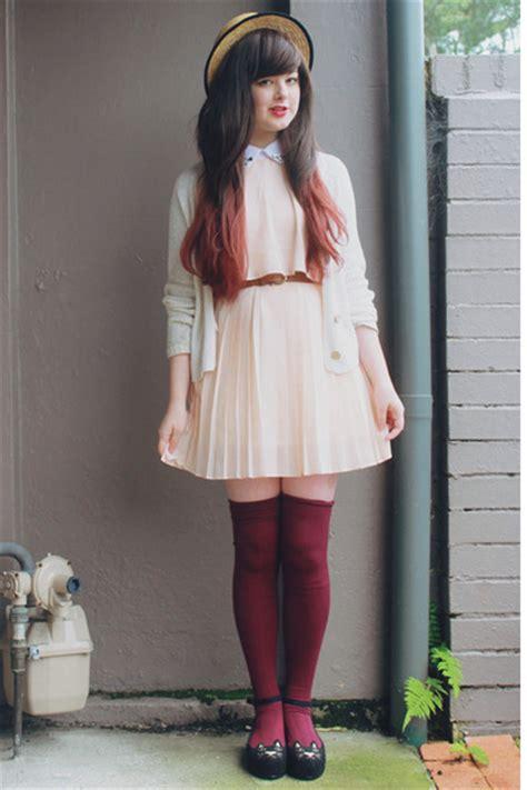 brown thrifted belts black sammydress shoes light pink
