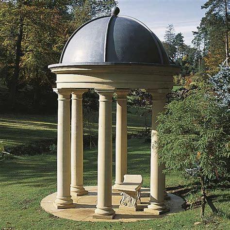 pavillon aus stein stein pavillon mit s 228 ulen pierrefeu gartentraum de