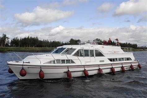 shannon river boat rentals cruise ireland boating holidays ireland hire boats