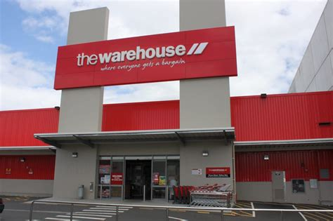 the warehouse department stores mt albert auckland