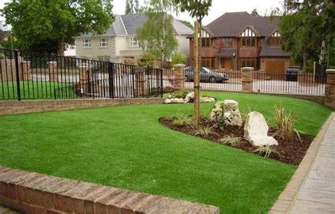 erba finta per giardino erba sintetica per giardini prato
