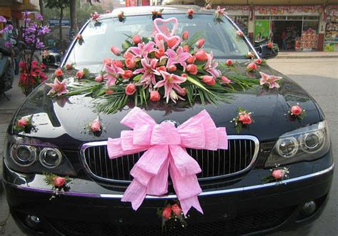 car decorations why and when to decorate the getaway car weddingelation