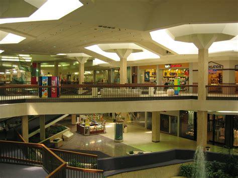 Banister Mall Randall Park Mall 2001 Www Pixshark Com Images