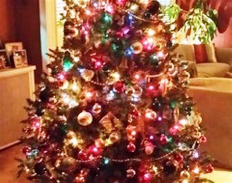 25 Dekorasi Natal Hiasan Ornamen Pohon Natal Hiasan Pohon Natal foto contoh desain dan dekorasi pohon natal 134 si momot