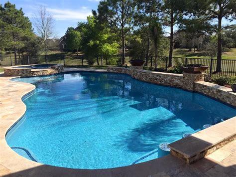 Backyard Pools Houston The Hughes Family S Luxurious Swimming Pool In Houston