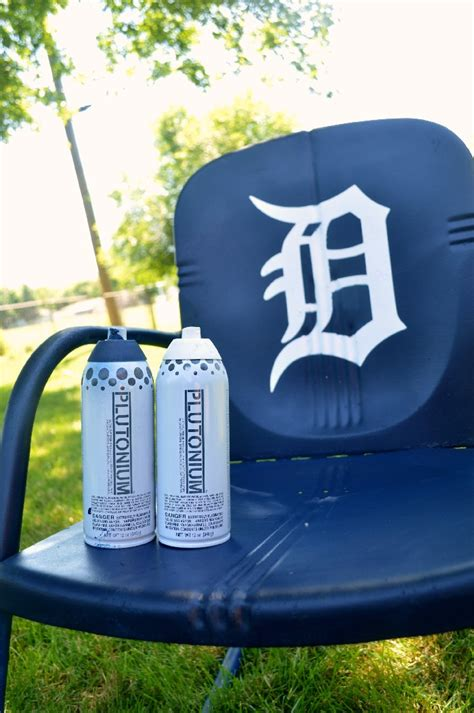 spray paint detroit detroit tigers vintage metal rocker mad in crafts