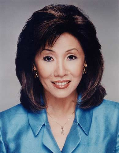 channel 7 news chicago anchors linda yu s final day on the abc7 anchor desk abc7chicago com