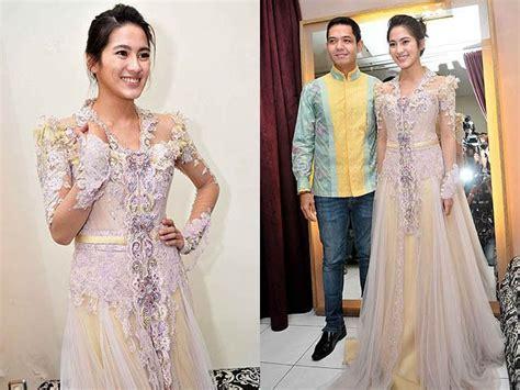 Kebaya Cantik 10 dengan 10 baju kebaya khas indonesia ini til ayu dan