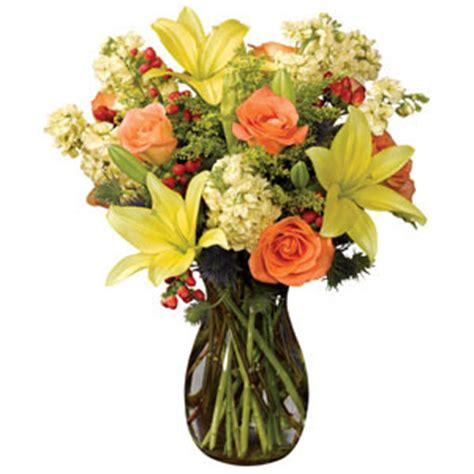 Florist Pontiac Mi by Vase In Yellow By Fortino S Flowers And Gifts