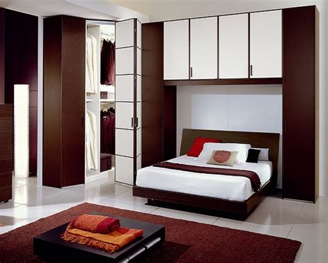 cute master bedroom ideas decorating a tiny master bedroom very small master