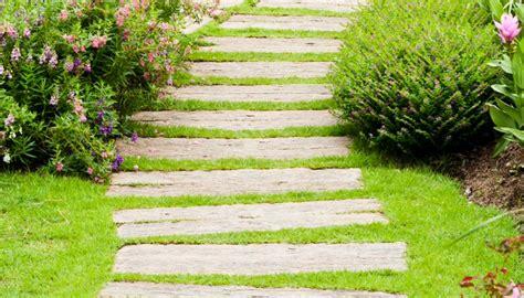 camminamento giardino v di vialetti da giardino idee per sentieri