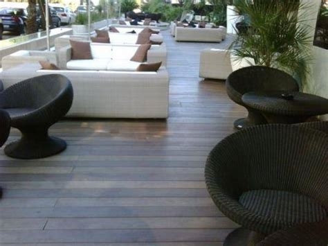 rivestimenti terrazzi migliori rivestimenti per terrazzi pavimento da esterni