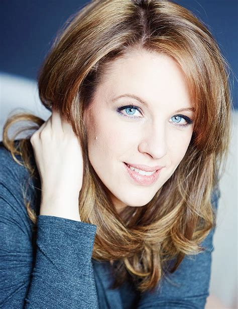 broadway actresses under 30 tony award winning actress jessie mueller incredibly