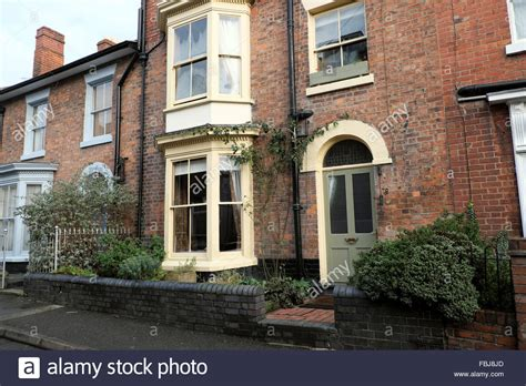 houses to buy in shrewsbury front view of a victorian terrace house in shrewsbury shropshire stock photo royalty