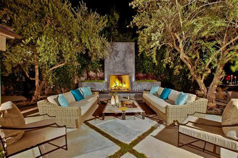 Backyard Outside Three Ways To Improve Your Outdoor Entertainment Space
